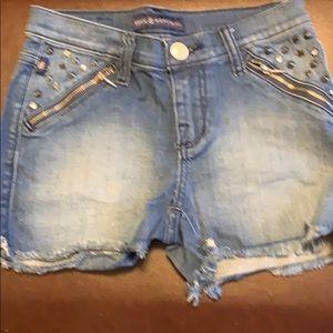 Shorts never worn